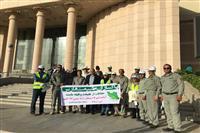 پاکسازی جاده ورودی صدرا با همت سازمان مردم نهاد پاکسازان طبیعت فارس
