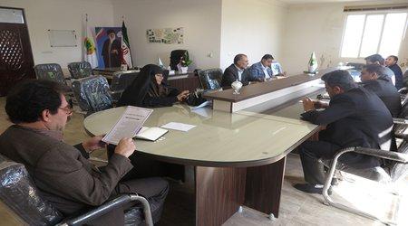 جلسه کمیسیون نظارت شورای اسلامی شهر امروز با حضور شهردار، مدیرعامل سازمان آرامستان ها و اعضای محترم کمیسیون تشکیل جلسه داد