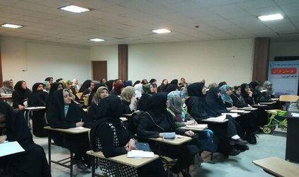شرکت سه هزار نفر در محافل جزء خوانی و سخنرانی بوستان قرآن شهرداری منطقه ۷ تبریز