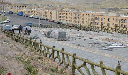 اجرای مراحل پایانی کفسازی پارک کوهستان شهرک اندیشه