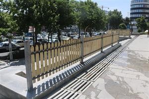 نوسازی نرده های پارک شانو توسط شهرداری منطقه سه سنندج
