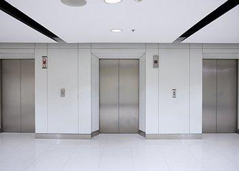 رعایت ضوابط ایجاد کف ورودی آسانسور در حال احداث ضروری است