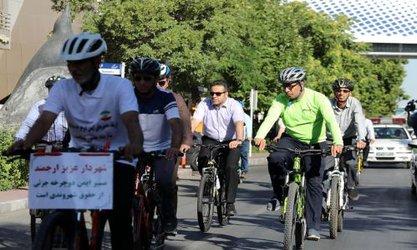 مدیریت شهری به فرهنگسازی استفاده از دوچرخه کمک کند