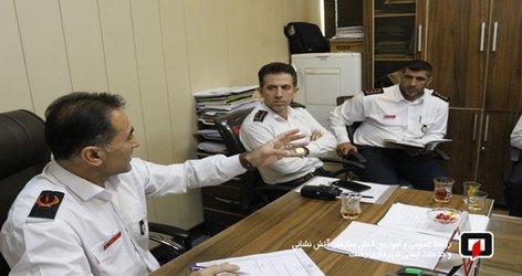 جلسه امداد و نجات و واکنش سریع تیم عملیاتی آتش نشانان برگزار شد /آ تش نشانی رشت