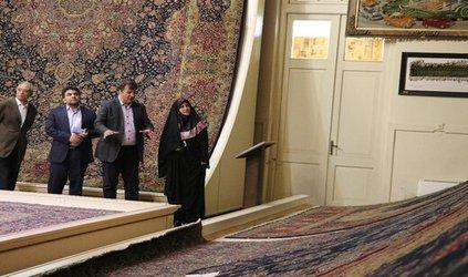 ۲۰۰ میلیون تومان به عنوان یارانه غرفه داران به نمایشگاه فرش تبریز تزریق می شود/شهرداری برای ثبت فرش  ...