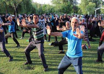 همایش ورزش صبحگاهی در بوستان هشت بهشت قزوین برگزار شد