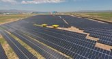 نخستین نیروگاه خورشیدی مگاواتی زنجان به شبکه سراسری متصل شد