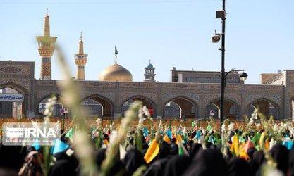 برگزاری اجتماع بانوان مشهدی در عرصه میدان شهدا