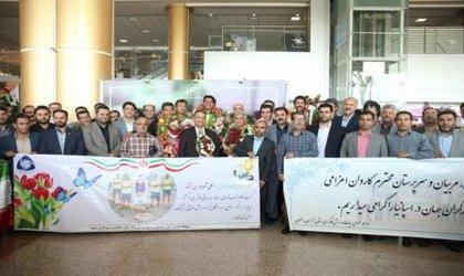 همت تمام قد مدیریت شهری در حمایت از تیم والیبال ساحلی شهرداری مشهد