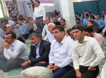حضورشهردار و پرسنل شهرداری در مصلی نماز جمعه