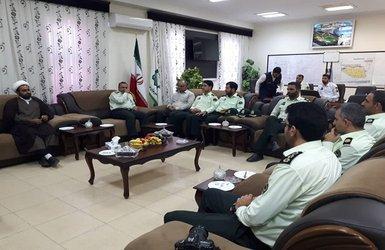 دیدار فرمانده ناحیه انتظامی شهرستان بم از شهردار بم به مناسبت روز شهرداریها و دهیاریها
