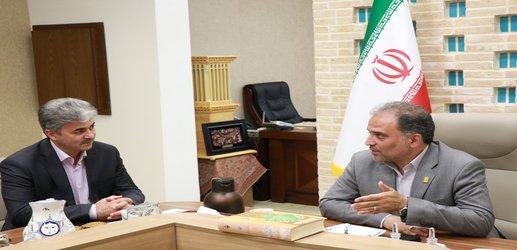 شهردار یزد بر نقش موثر بانک...