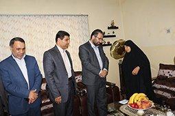 تجلیل از مادر شهیدان جشنی در سد و نیروگاه دز  با حضور مشاور مدیرعامل سازمان آب و بر ق خوزستان در رسیدگی به امور ایثارگران