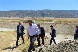 پی گیری احداث کنارگذر شهر ایوان در بازدید مهندس کاظمی مدیرکل راه وشهرسازی استان ایلام