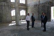 تاکید بر اتمام پروژه مسجد جامع شهر ایوان در بازدید مدیرکل راه و شهرسازی استان از این پروژه