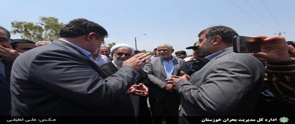 بازدید رئیس سازمان مدیریت بحران کشور و معاون استاندار از مناطق زلزله زده مسجد سلیمان