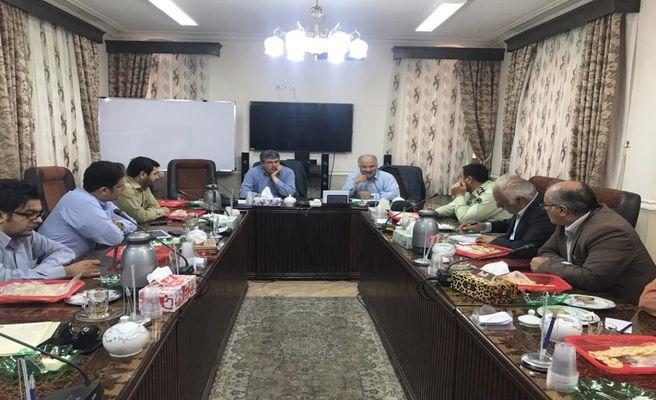 جلسه ستاد برگزاری ششمین جشنواره پسته با حضور فرماندار