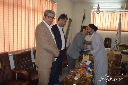 دیدار شهردار و اعضا شورای اسلامی شهر با حجت