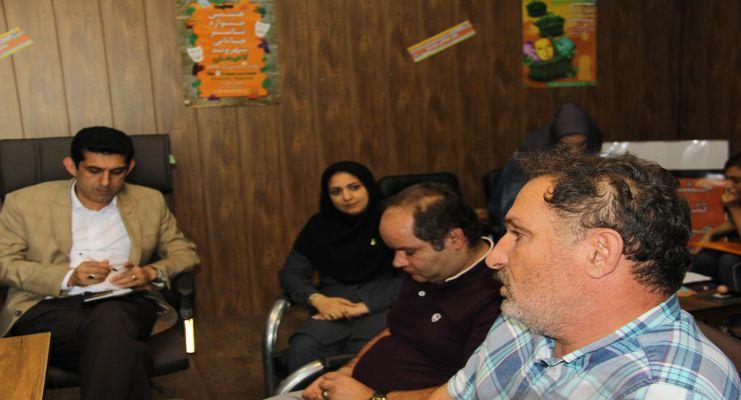 اعضای شورای اسلامی شهر لاهیجان از دبیرخانه جشنواره تئاتر خیابانی شهروند بازدیدکردند