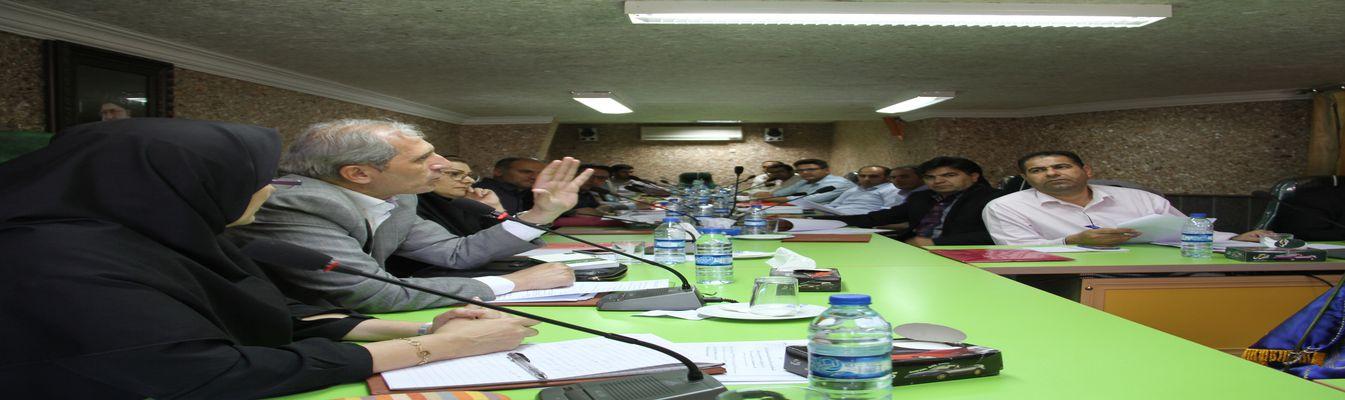 کارگاه آموزشی نحوه تعیین تکلیف اراضی ساخته شده در سنوات گذشته در اردبیل برگزار شد