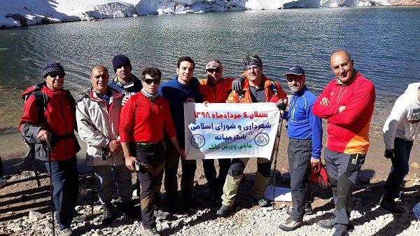با حمایت شهرداری و شورای اسلامی شهر میانه گروهی از کوهنوردان به قله سبلان صعود کردند