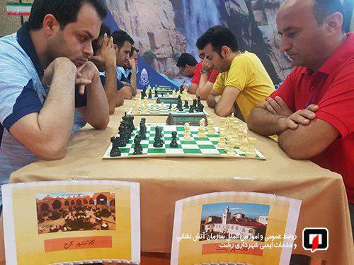 کسب مقام سوم مسابقات شطرنج کلانشهرهای کشور توسط تیم شهرداری رشت / آتش نشانی رشت