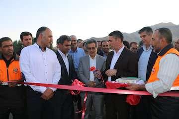بهرهبرداری از روکش آسفالت محور پاکل به سرسختی شهرستان شازند استان مرکزی