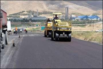 روکش آسفالت ۴۰۰ کیلومتر از راههای فرعی و روستایی استان سیستان و بلوچستان بهبود مییابد