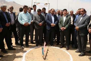 بهرهبرادری و کلنگ زنی ۲ پروژه راه و شهرسازی در چهارمحال و بختیاری