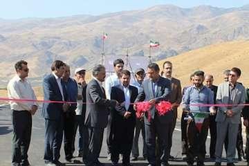 بهرهبرداری آسفالت راه اصلی درام به کلور و روستایی فیله خاصه استان زنجان