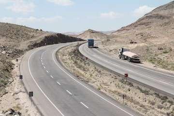 احداث بزرگراه کرمانشاه – میاندواب ۵۸ درصد پیشرفت دارد