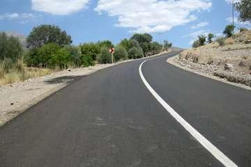 افتتاح چهار پروژه راه روستایی در کامیاران