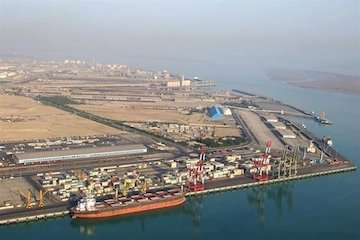 مجوز تعمیر و بازسازی اسکله های صادراتی پتروشیمی در بندر امام خمینی(ره) تمدید شد