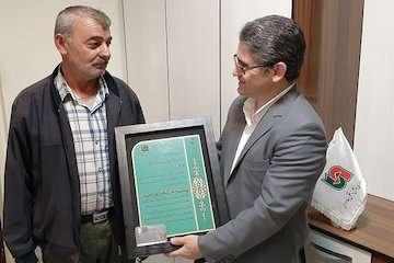 تجلیل از راننده نمونه بخش حمل ونقل کالای استان اردبیل