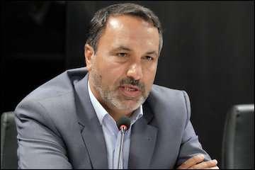 رئیس کمیسیون عمران مجلس از فرودگاه جهرم بازدید کرد