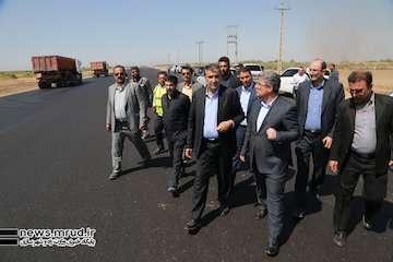 وزیر راه و شهرسازی بر تسهیل عملیات ساخت آزادراه شرق اصفهان تاکید کرد