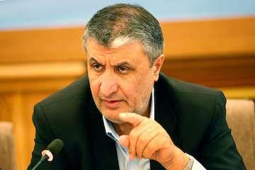 وزیر راه و شهرسازی ۴۶۸ واحد مسکن مهر شاهینشهر را افتتاح کرد