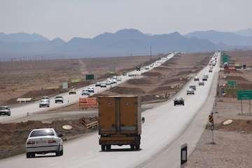 تردد بیش از ۸۰ میلیون خودرو در محورهای مواصلاتی استان سمنان