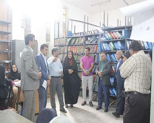 بازدید خبرنگاران از پروژه های عمرانی شهرداری مهریز