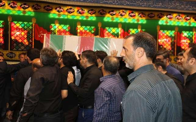 در نخستین روز از هفته دفاع مقدس  مراسم استقبال و تشییع شهید گمنام در شرکت توزیع نیروی برق استان تهران برگزار شد                         ---1398/06/30 16:28