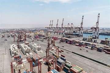 صادرات غیرنفتی در بزرگترین بندر ایران ۱۱,۶ درصد افزایش یافت/ رشد ۲۰ درصدی ترانشیپ کالا در بندر شهید رجایی در ۶ماه اخیر