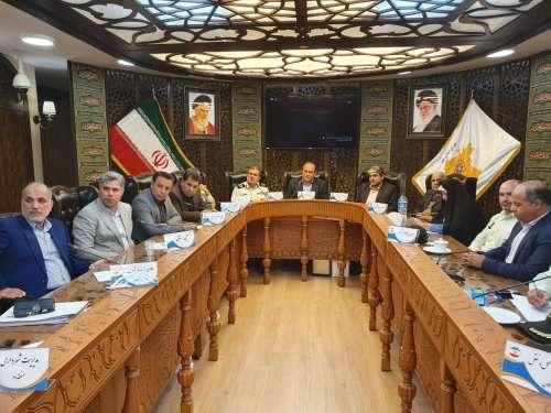 فرمانده نیروی انتظامی استان و هیات همراه در شورای شهر تجلیل شدند