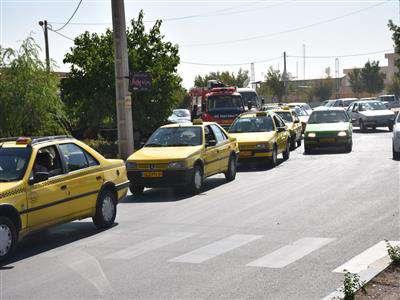 رژه موتوري ناوگان حمل و نقل شهري شهرداري بروجن به مناسبت گراميداشت هفته دفاع مقدس برگزار شد