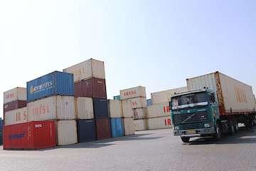 بهرهبرداری از خط تولید کانتینرهای حمل دریایی با حضور وزیر راه و شهرسازی