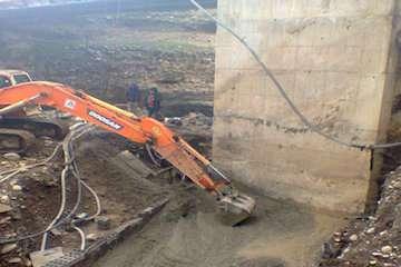 احداث پل راه روستایی پل متکارودبار شهرستان چالوس
