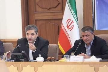 بازدید وزیر راه و شهرسازی از روند برگزاری آزمون ورود به حرفه مهندسان در دانشگاه علم و صنعت ایران
