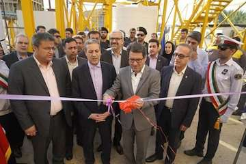 صادرات و واردات منطقهای بوشهر با توسعه زیر ساختها تقویت میشود/ بهرهبرداری از نیروگاه گازی تولید همزمان برق و آب در بندر بوشهر