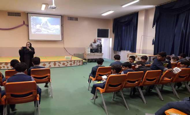 آموزش هاي زيست محيطي به مناسبت روز كودك و محيط زيست در شهرستان اردستان