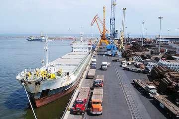پیشنهاد سفیر بنگلادش برای احداث کارخانه تولید پارچه در بندر امیر آباد/ روابط تجاری و بندری ایران و بنگلادش توسعه پیدا میکند