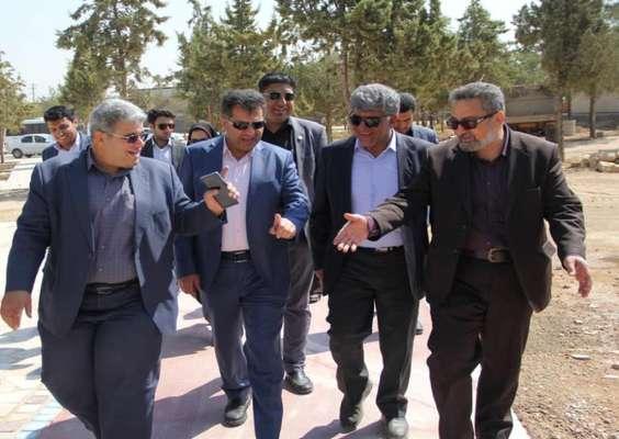 دکتر قائدی خبر داد: افتتاح بوستان ۷هکتاری در منطقه چهار شهرداری شیراز تا پایان سال